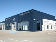 Rooftop – Garage Peugeot – Pontarlier (2017)